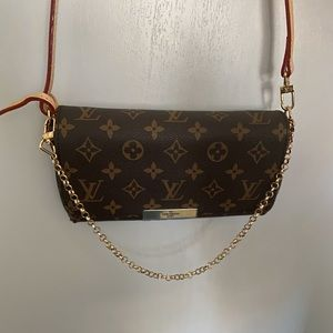 Louis Vuitton Favorite Handbag Monogram